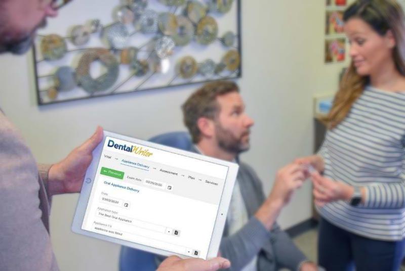 DentalWriter software on ipad