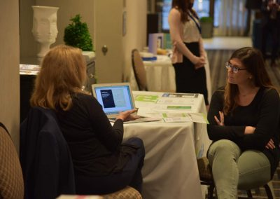 Nierman Attendee at a Progressive Dental Booth during a medical billing and dental sleep medicine ce course